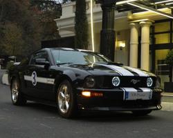 FORD MUSTANG V8 GT/CS