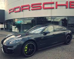 VB Prestiges - Beauvallon - Porsche Panamera Turbo S E-Hybrid Executive